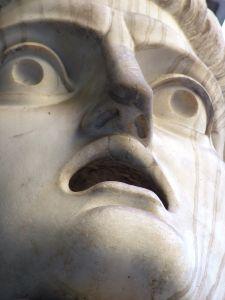 shocked-statue-237061-m